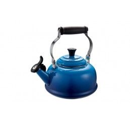Le Creuset 1.6 L Classic Whistling Kettle - Blueberry